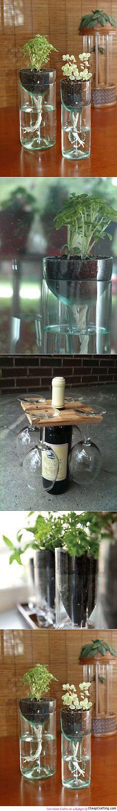 A linha de garrafas de vinho recicladas em vasos.  #DIY ... |  A vida consciente