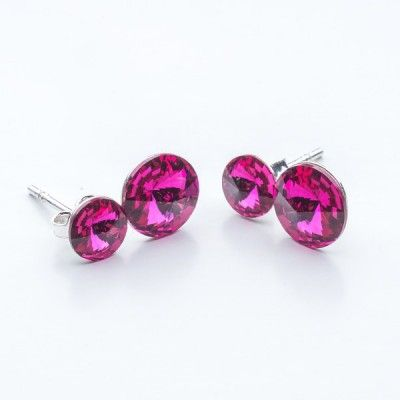 Swarovski Rivoli Earrings 6/8mm Fuchsia  Dimensions: length:1,5cm stone size: 6mm and 8mm Weight ~ 1,60g ( 1 pair ) Metal : sterling silver ( AG-925) Stones: Swarovski Elements 1122 SS29 ( 6mm ) and SS39 ( 8mm )  Colour: Fuchsia 1 package = 1 pair