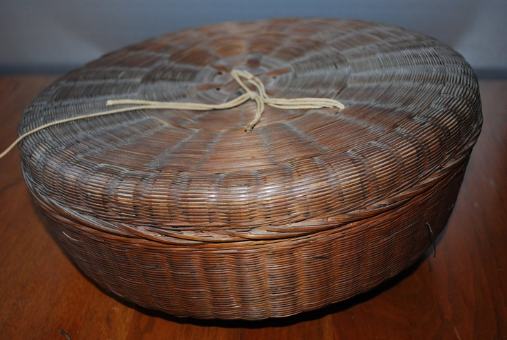 Antique #Round Wicker #Sewing #Basket - early 1900s -... | Wicker Blog  www.wickerparadise.com