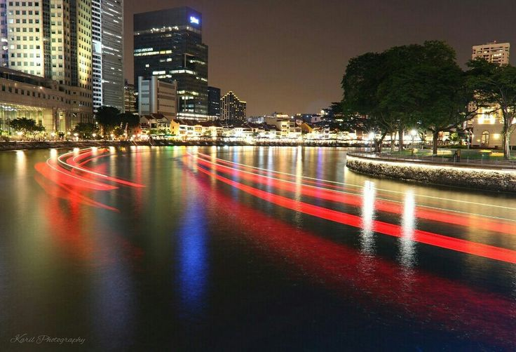 A colourful night. #boatquay#cityscape#photography#singapore#karilphotography