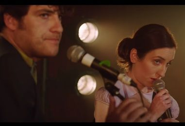 Watch Zoe Lister-Jones, Adam Pally and Fred Armisen Get Off to a Rocky Musical Start in Poignant Comedy 'Band-Aid'