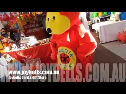 Another fun little youtube clip of Joybells Beanie Master at the Nambour Show!  So much fun