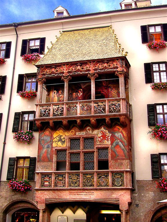 Das goldene Dachl  (The golden roof) Innsbruck Austria & 312 best German Renaissance images on Pinterest | Architecture ... memphite.com