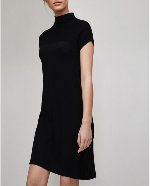 Classic dress by Adolfo Domínguez   Little black dress | LBD | Minimalist casual wear | Capsule wardrobe | Slow fashion | Simple style | Minimalist style