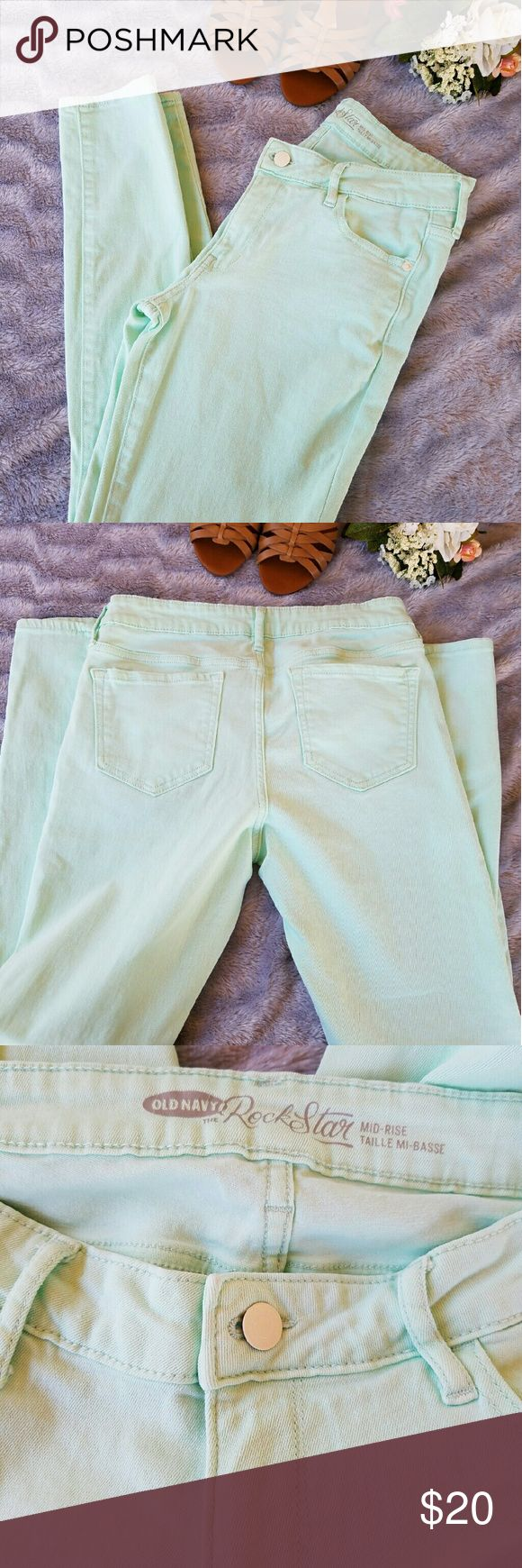 Mint Green Skinny Jeans Beautiful mint green skinny jeans in amazing condition  The Rockstar fit from Old Navy Old Navy Pants Skinny