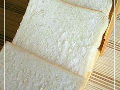 ふわふわ☆生クリーム入り食パン☆角食パンの画像