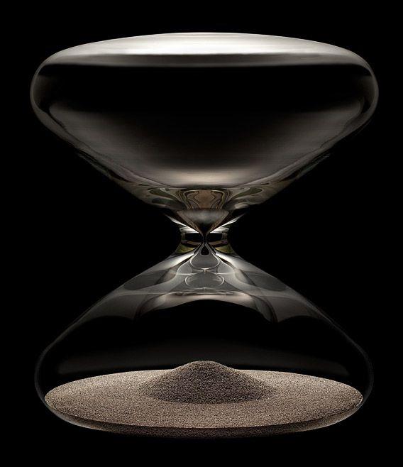 La Cote des Montres : Le sablier Ikepod Hourglass by Marc Newson HGS20