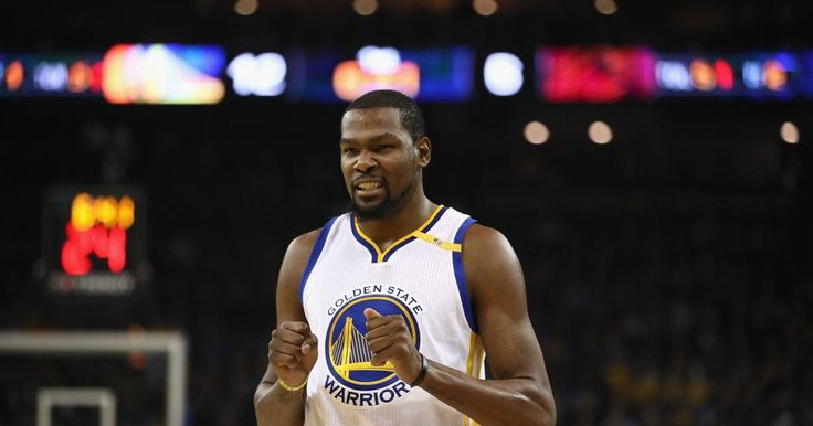 Kevin Durant fires back at Twitter troll by using poop emoji