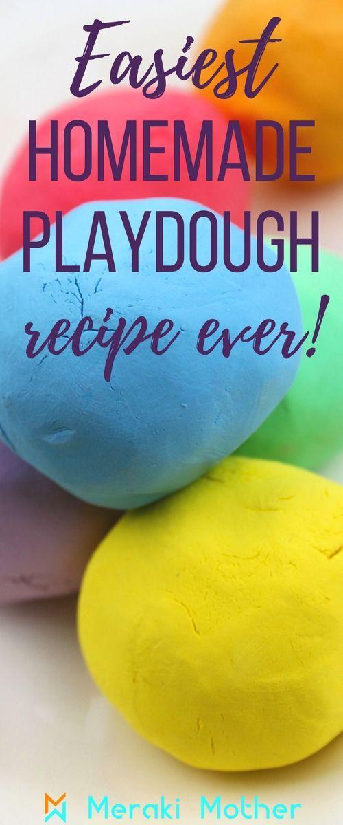Playdough homemade no cream of tartar recipe, no bake, no salt and no flour recipe! Easiest playdough recipe ever! homemade playdough |