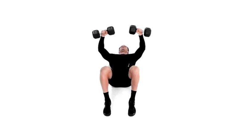 Lær hvordan du gjør Gulvpress med manualer riktig for å trene Bryst, Skuldre, Triceps, Magemuskler, med enkle trinnvise videoinstruksjoner fra en ekspert. Finn relaterte øvelser og variasjonsmuligheter.