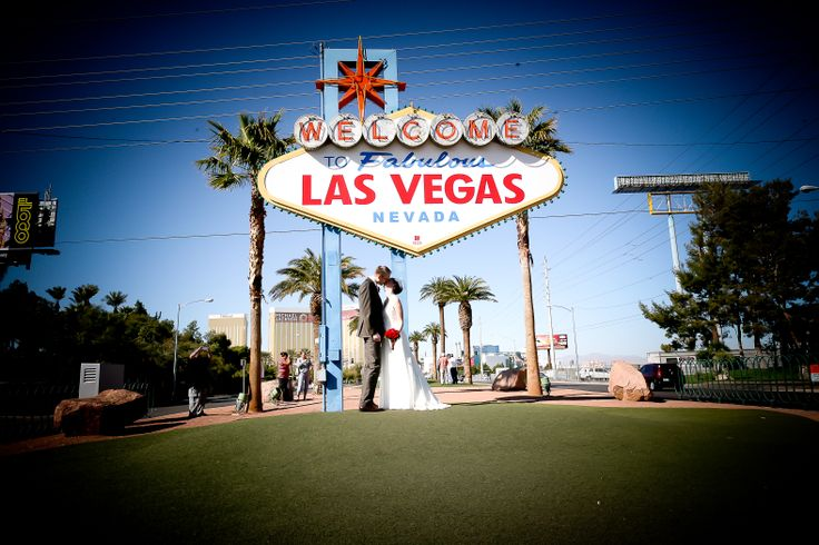 69 best las vegas wedding images on pinterest las vegas for Las vegas sign wedding
