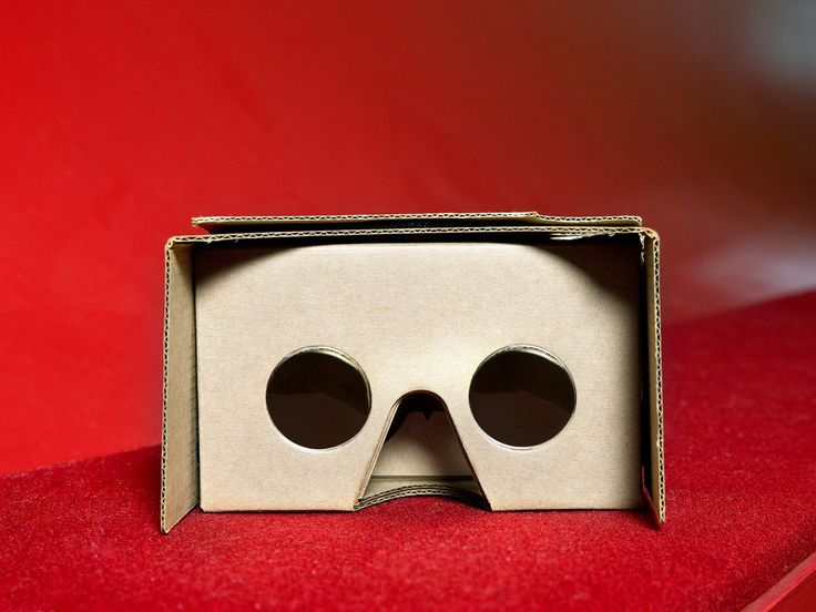 Describing Google Cardboard and the Oculus Rift in the same terms isn't just wrong, it's dangerous.
