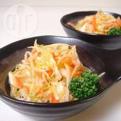 La meilleure des salades de chou du père à Angie @ qc.allrecipes.ca