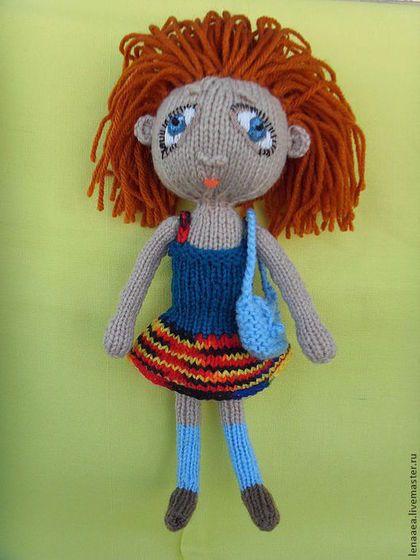 Девочка с грустными глазами. Кукла вязаная. Ищет заботливую маму.
