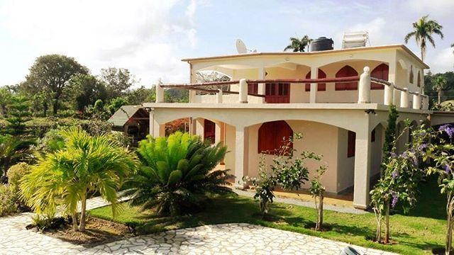 Dominikanische Republik Karibik Immobilie Villa Uber Der Bucht Von Cabrera Mit Traumhaften Panoramablick Zu Verkaufen Https House Styles Mansions House