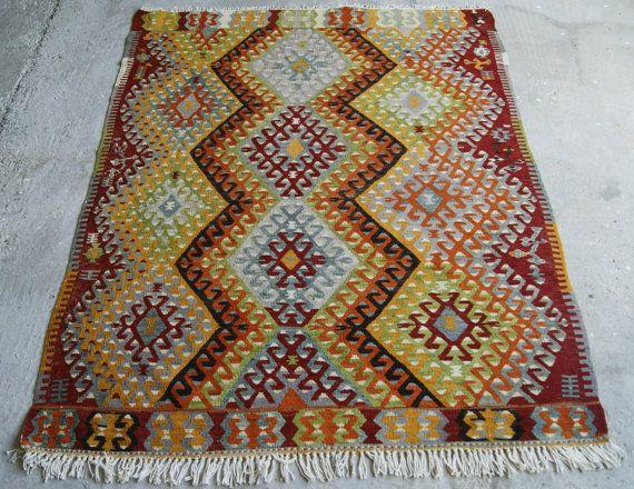 4'7''x6'2'' Anatolian Kilim Rug
