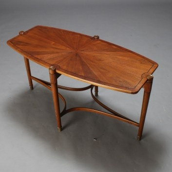 Superb Vintage Danish Coffee Table From The 40u2032s
