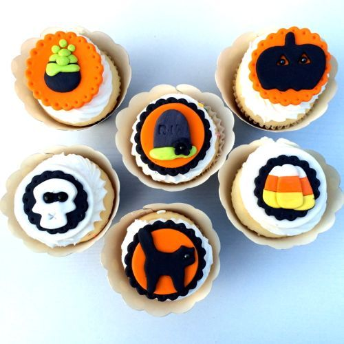 Halloween Cupcake Decorating Ideas Uk : The 83 best images about Spooky Halloween Cupcake ...