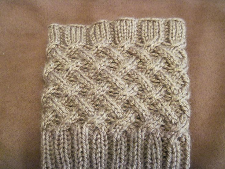 Free Patterns for Boot Toppers | Ravelry: Free Cabled Boot Topper pattern by Anna Templer | Knit Knacks