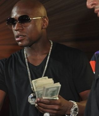 Floyd Mayweather net worth $403 million comes primarily from boxing. He has…