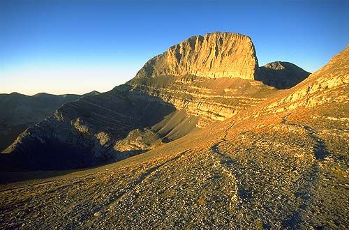 Bikku Bitti or Bette Peak is the highest point in Libya at 11,076 ft (3,376 m).  It's located in the Tibesti Mountains near the southern border with Chad.