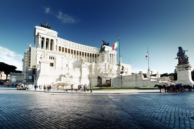 Italy, Rome, Vittorio Emanuele Monument.