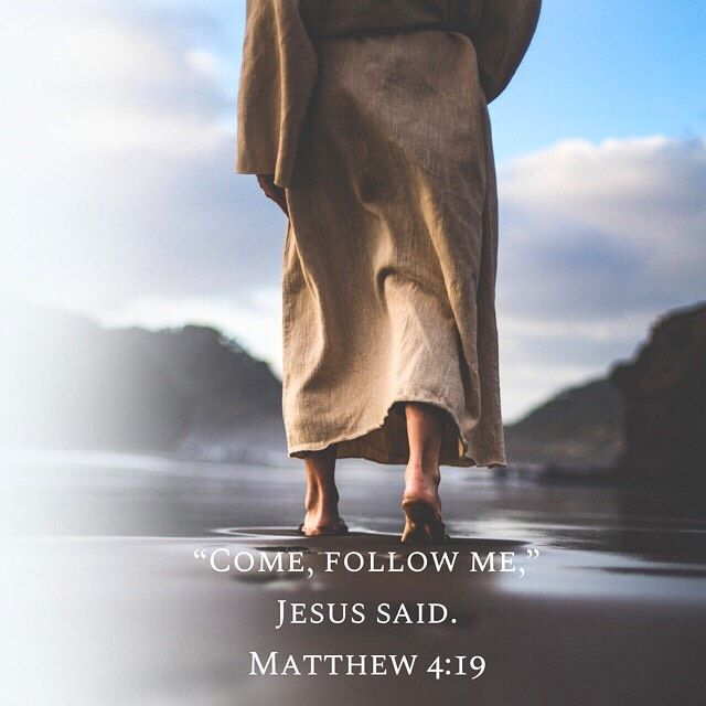 """FOR CHRIST AND HIS KINGDOM on Instagram: """"— Then Jesus said to his  disciples, """"Whoever wants to be my disciple mus…   Oraciones de fe, Palabra  de dios, Dios es amor"""
