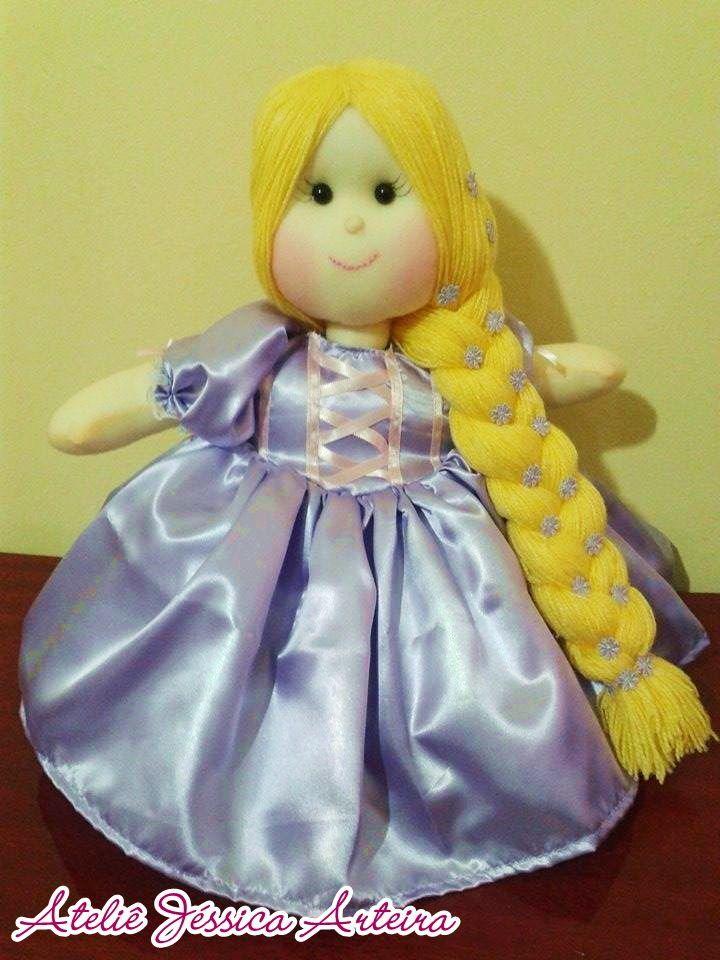 Boneca de pano Personalizada da Rapunzel 30cm R$ 85,00 40cm R$ 95,00 50cm R$ 105,00