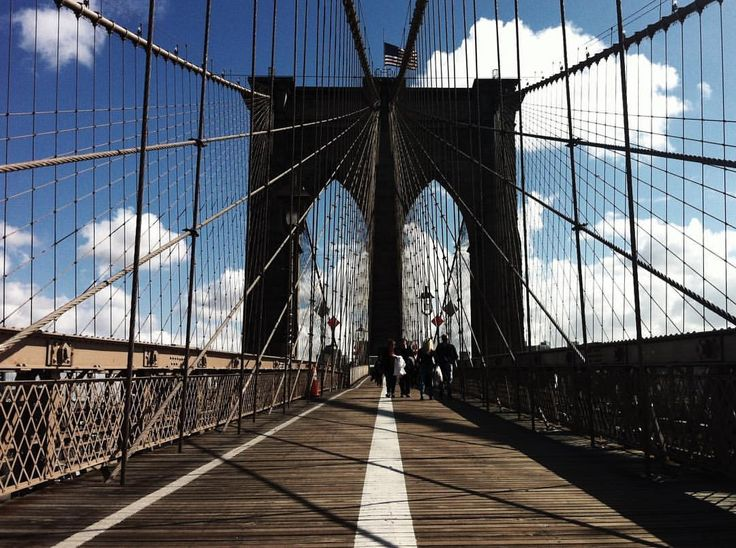 #Discoverywithhoboh 📌 #hobohinusa #hobohinnyc . We spent our morning here! The #BrooklynBridge is a…""