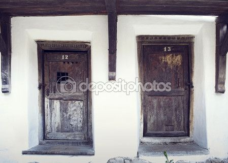 Download - Old wood doors in Prejmer fortified church, Brasov county, Romania — Stock Image #57739575
