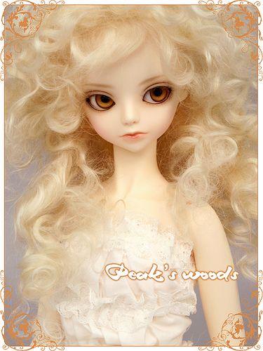 https://flic.kr/p/6BCwLe | Cue - Peak's Woods | Cue Peak's Woods BJD make up Lati  La terza doll che vorrei *___* Mi piace proprio con questo make up e quei capelli vaporosi.
