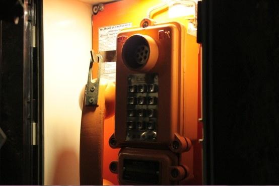 Telefono, telephone.