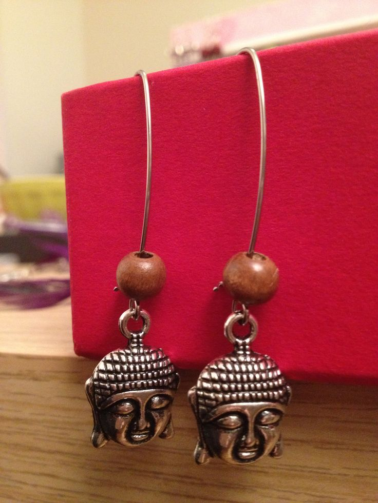 Bouddha's earrings