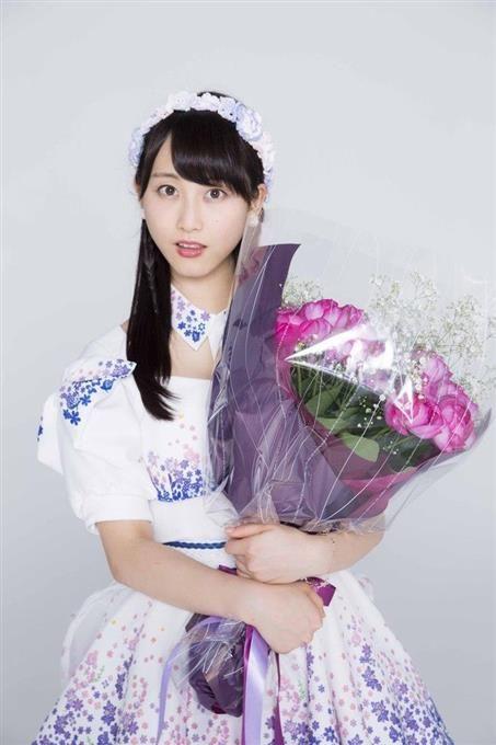 好評連載「SKE48がバラを育ててみました」夏休み特別編②「松井玲奈が卒業について語ってみた」の巻 - NewRoses