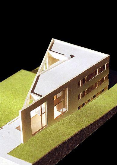KWK Promes - Triangle house