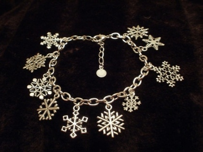 Snowflake Charm Bracelet for a special unique snowflake by punqd - StyleSaysSimply Charms, Special Unique, Unique Snowflakes, 20 00, Charm Bracelets, Snowflakes Charms, Beautiful, Jewelry, Charms Bracelets