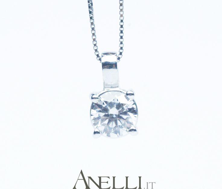 http://www.anelli.it/it/ciondoli-di-diamanti/ciondolo-punto-luce-0-50-carati-f-vvs1.html