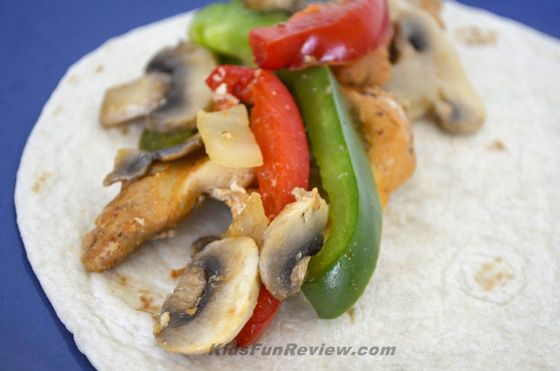 Easy Kid Friendly Dinner: Fajita Recipe With Tyson Southwest Pepper Trio #InspireMyDinner