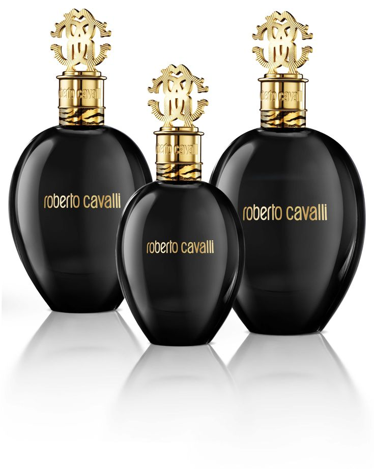 Il beauty-case è total black: fragrance Nero Assoluto di Roberto Cavalli. http://www.thebeautypost.it/7005-nero-assoluto-total-black/  #totalblack #fragranze #robertocavalli