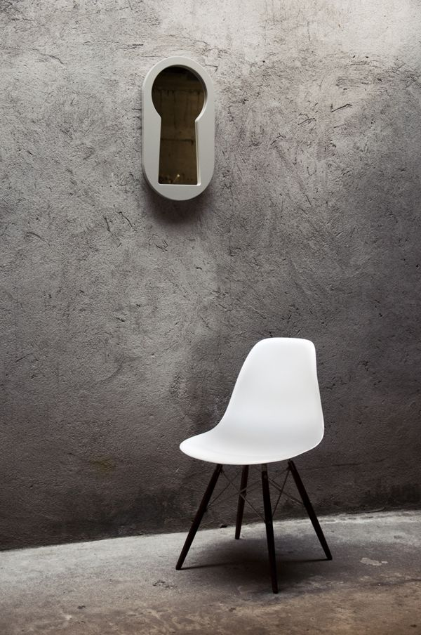 BBMDS | That's Craft!  Curiosity meets narcissism. Voyeur is a keyhole shaped wall mirror that creates a mysterious sense of illusion and depth.  www.bbmds.it