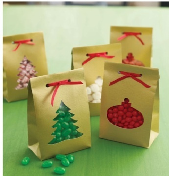 DIY christmas gift: Would be great for several gift giving. Got a party at school fix a bag for each kid...they will love U.