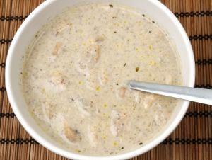 Svampsås av all slags matsvamp. Passar som tillbehör till det mesta, speciellt stek av viltkött, nöt eller lamm men också grillad kyckling.