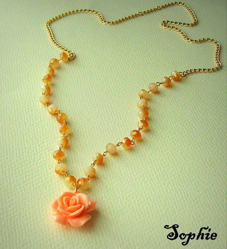 #rosependant #necklace #handmadegreece χειροποίητο κολιέ μακρύ με κρυσταλάκια κ λουλούδι https://www.facebook.com/SophiesworldHandmade/