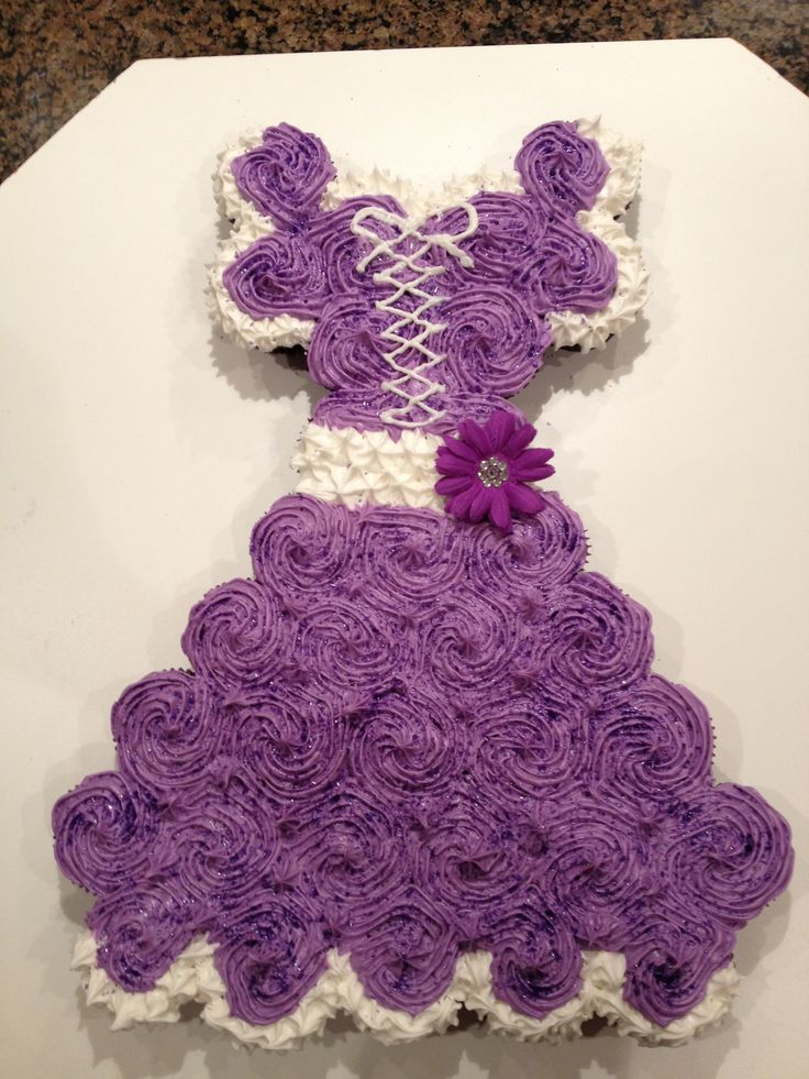 Princess Cupcake Cake Images : Princess cupcake cake Princess/Wedding dress cupcake ...
