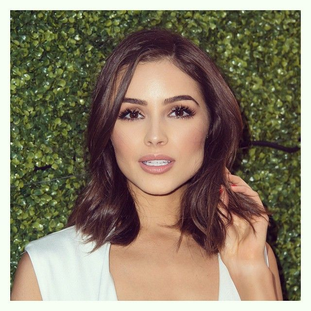 Olivia Culpo Short Touseled Hair Makeup Wedding Inspo Brides Of Adelaide