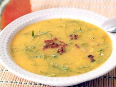 Sopa de Abóbora com Couve