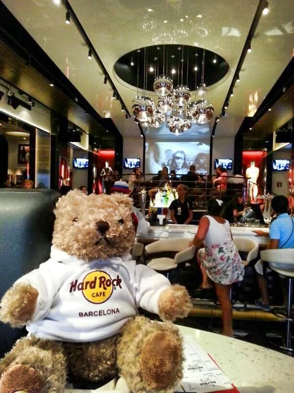 Jordi Rocks is back home!!! You can now come and visit him!! He's at the host desk at the Hard Rock Cafe Barcelona entrance!!
