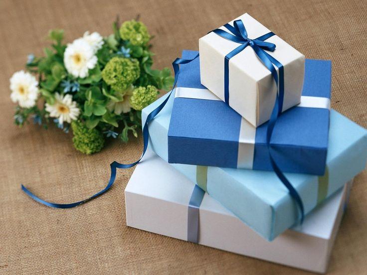 入学、就職シーズン。新社会人になる大切な人へ、心の込もった贈りものをしたい。 大切な人へ贈るのですから、喜ばれ…