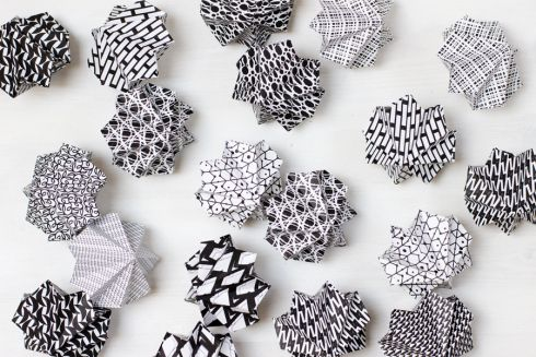 how to make a origami paper chain