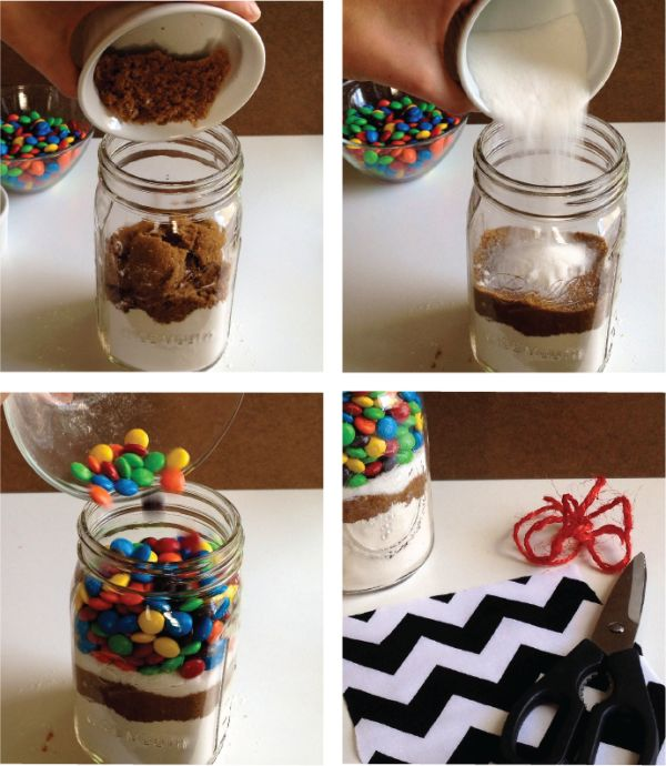 Mason jar Cookie Recipe with M&M | This would be a great project for your mason jar. #diyready diyready.com